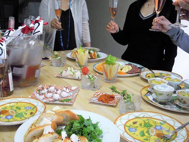 ルミエールアキ:お花見パーティー、ワイン、チーズ、講座