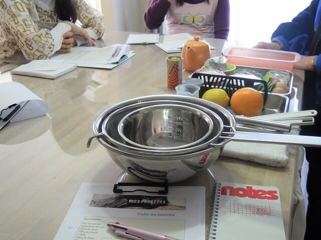 ルミエールアキ:フランス人マダムと料理、抹茶ケーキ