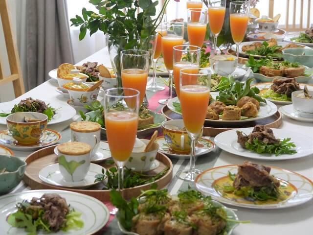 ルミエールアキ:フランス語・お花見・ワイン