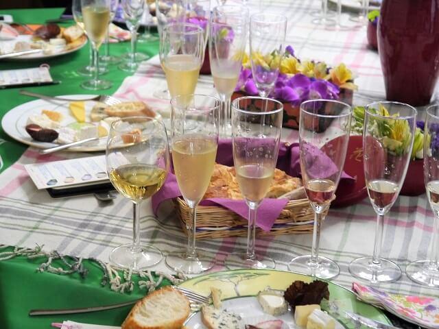 ルミエールアキ:フランス語・レッスン・ワイン・チーズ・お花見